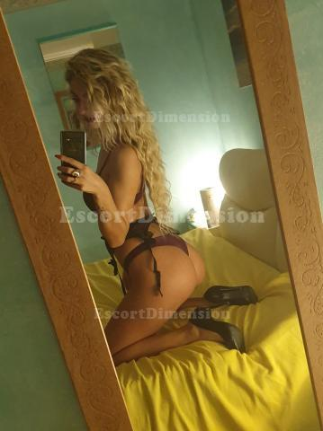 GIULYA TOP escort Civitanova Marche 6